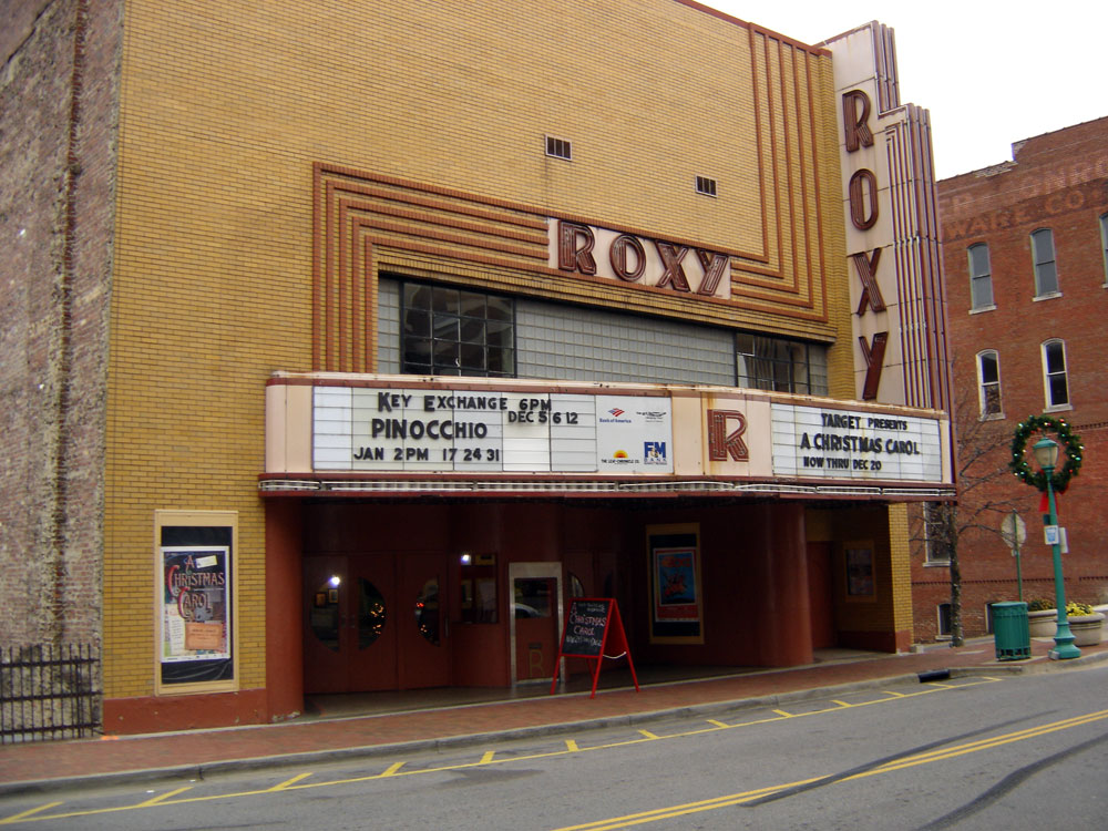 Movie theaters clarksville tennessee
